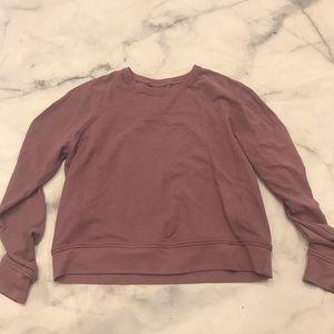 Lululemon purple crew neck sweatshirt EUC 10/12